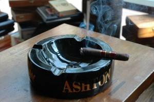 cigar-in-ashtray