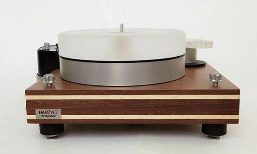 Hartvig TT Signature turntable is pure Danish hand-craftsmanship