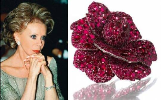 Lily Safra's jewels for charity