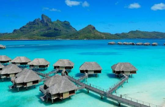 Four Seasons Bora-Bora