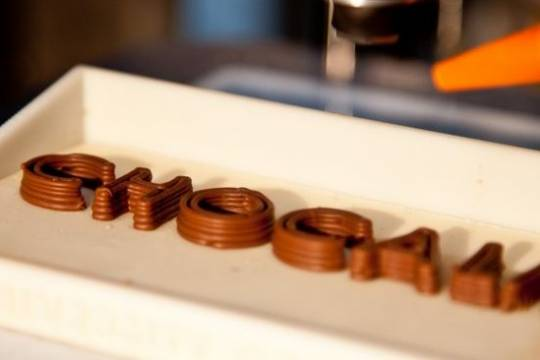 Chok Edge 3D chocolate printer