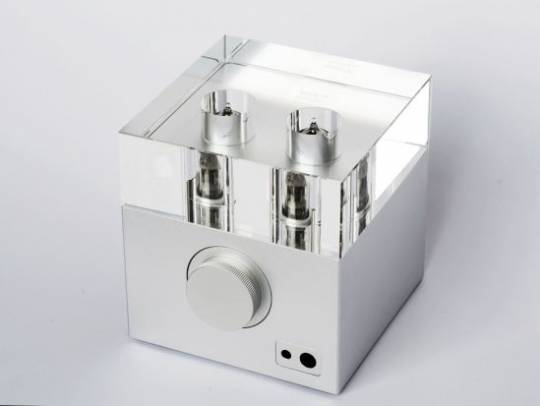Woo WA7 high performance vacuum tube headphone amplifier