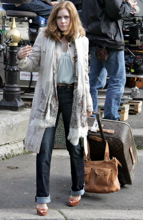 The stylish actress has rich taste in luggage and she carts around $2500, French-made, Louis Vuitton luggage.