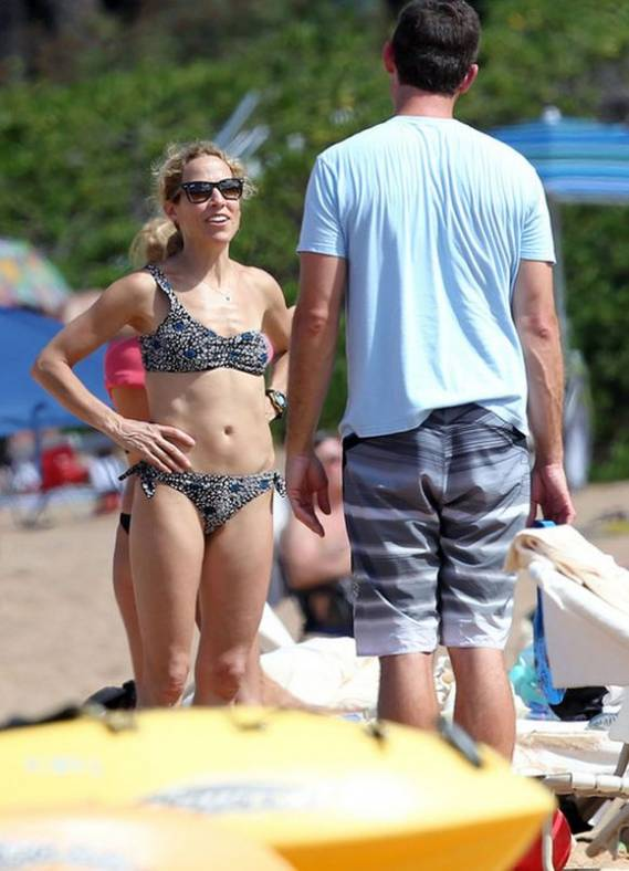 Sheryl Crow on Hawaii	Vacation