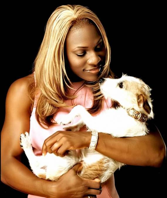 Serena Williams owns two dogs, a Jack Russell terrier named Jackie and a Maltese called Lorelei.
