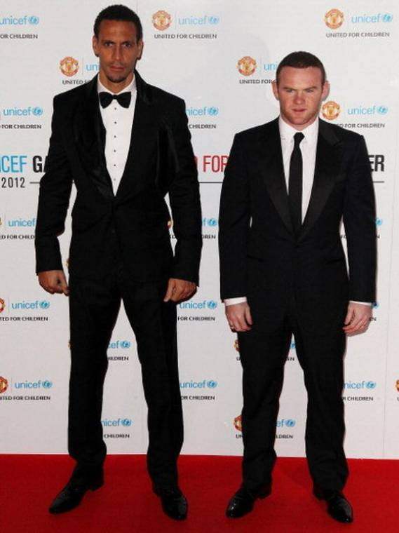 Wayne attended the UNICEF dinner on 2012 donning this classic two button evening suit.