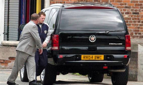 Wayne Rooney drives 2004 Cadillac Escalade