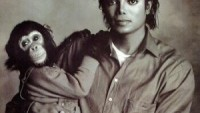 Bubble in Michael Jackson arms