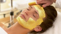 Luxury hotels & spas with 24 Carat gold facial