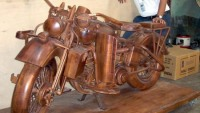 Life-sized wooden Harley-Davidson can be parked in your living room