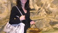 Most expensive 24 carat gold python skin handbag to seduce the bag connoisseurs by Fendi