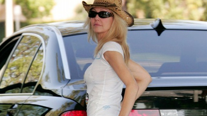 Heather Locklear drives BMW 7 Series car