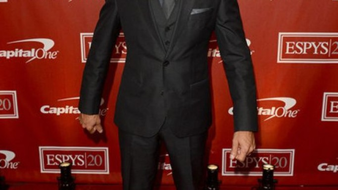 Jeremy wears LANVIN BOSS Black 3 piece suit