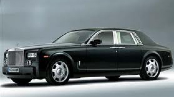 Rolls-Royce Phantom car