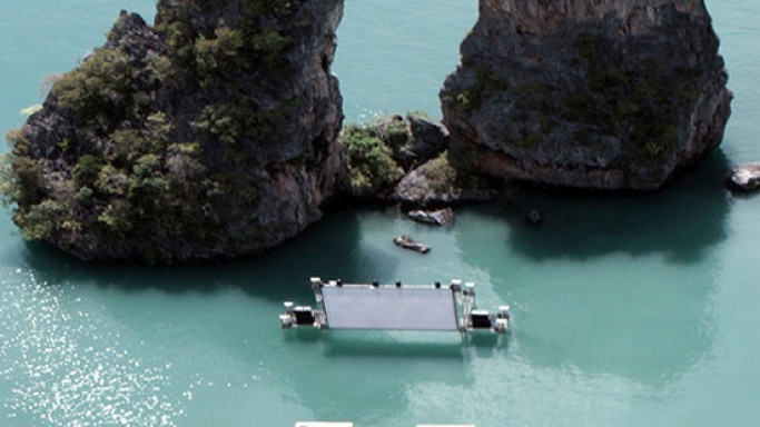Floating Movie Theatre in Thailand