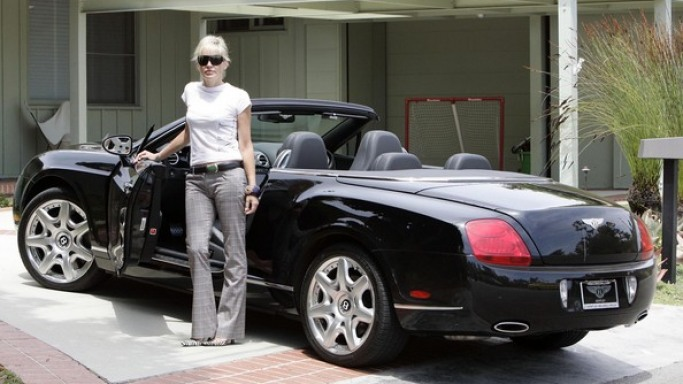 Sharon Stone drives Bentley Continental GTC