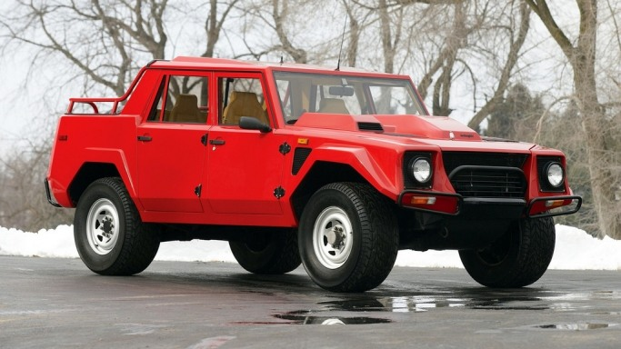 Lamborghini LM002 - Bornrich , Price , Features,Luxury factor ...
