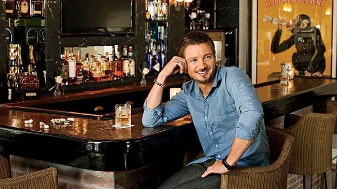 Jeremy Renner's Art Decor mansion