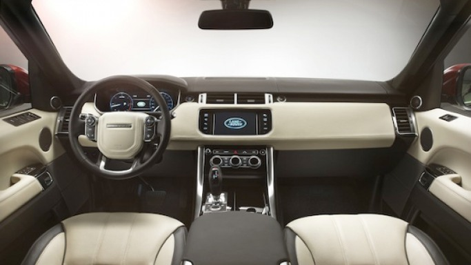 Land Rover and Meridian collaborate for new 3D Surround technology in the new Range Rover Sport