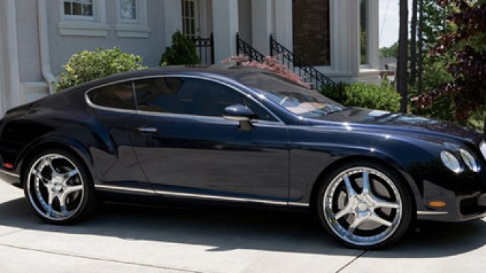 Bentley Continental GT car - Color: Blue  // Description: classy