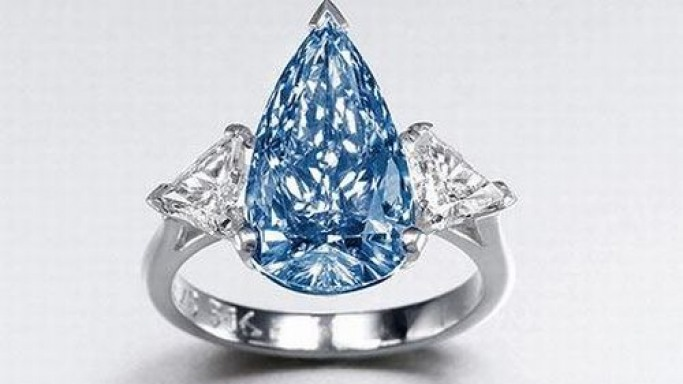 Rare blue De Beers diamond to shine at Sotheby's