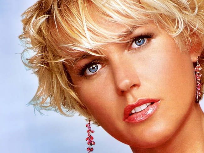 Xuxa Meneghel - biography, net worth, quotes, wiki, assets, cars ...