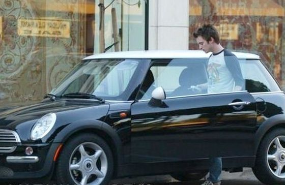 photo of Elijah Wood Audi A4, Mini Cooper - car